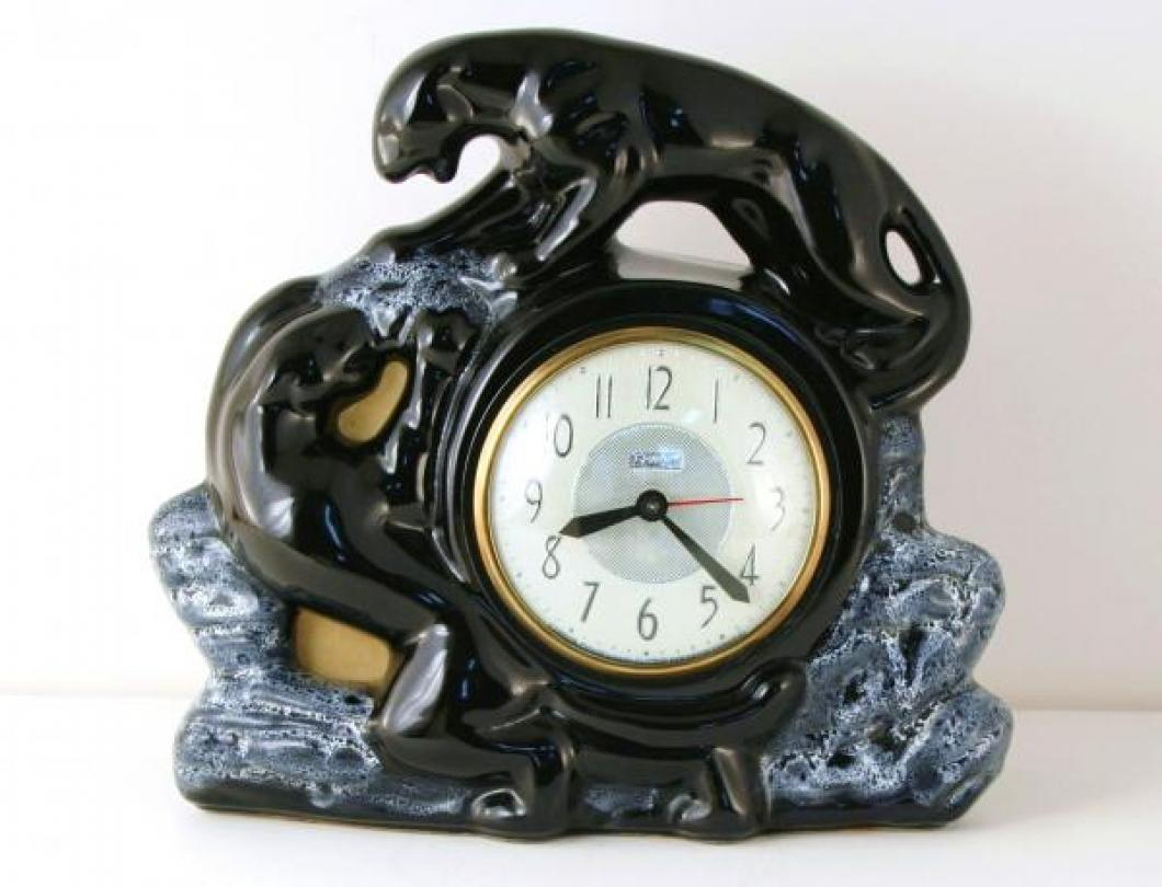 Snider black panthers TV lamp clock (electric, mid/late 1950s)