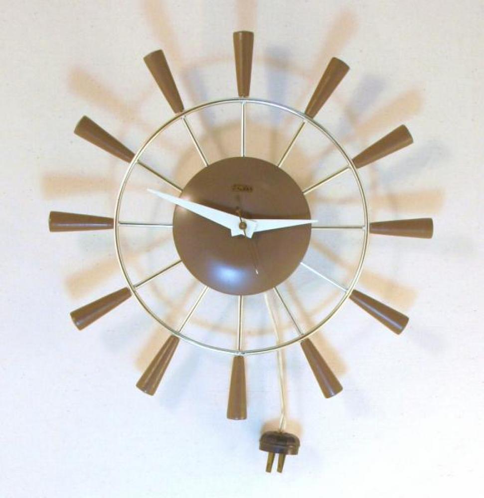 Galleries Snider Clocks Toronto 1950 1976 Snider Small Brown