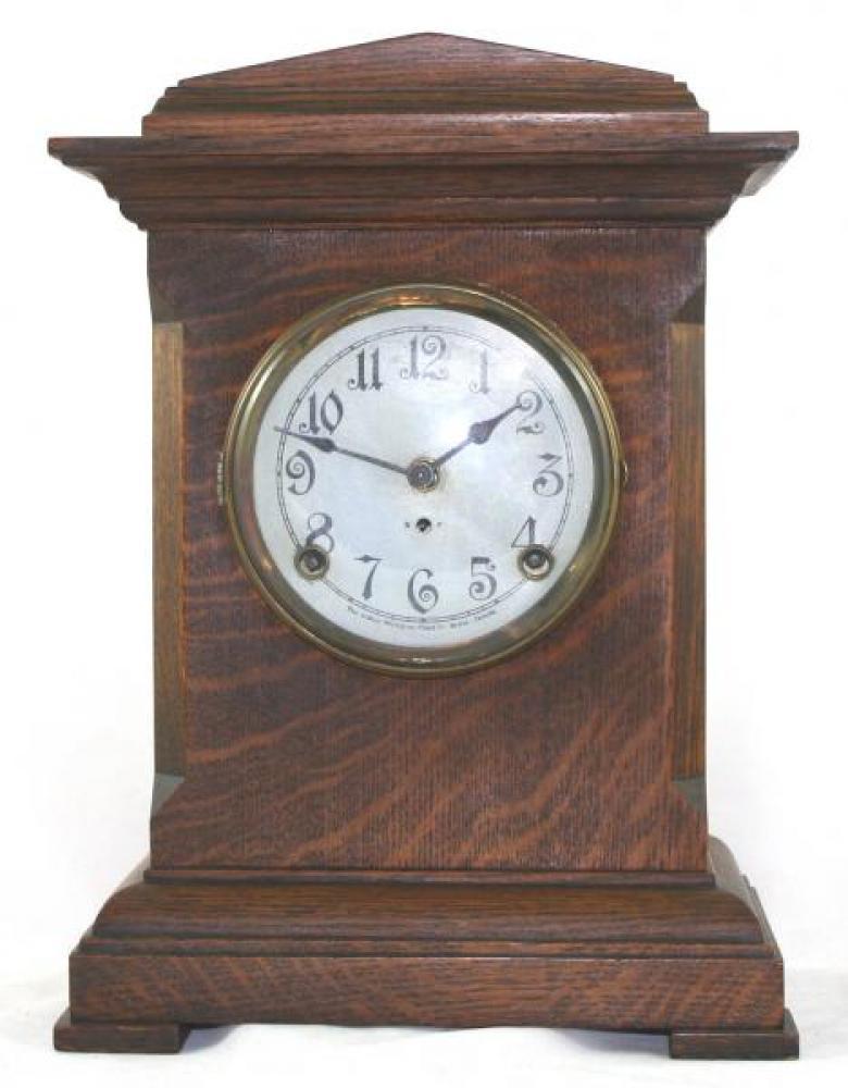 """Pequegnat """"Lindsay"""" model mantel clock"""