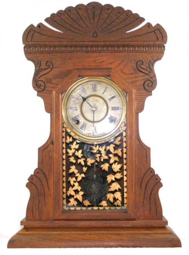 """Pequegnat """"fan top"""" version Maple Leaf Kitchen mantel clock (gingerbread style, Berlin period, early 1900s)"""