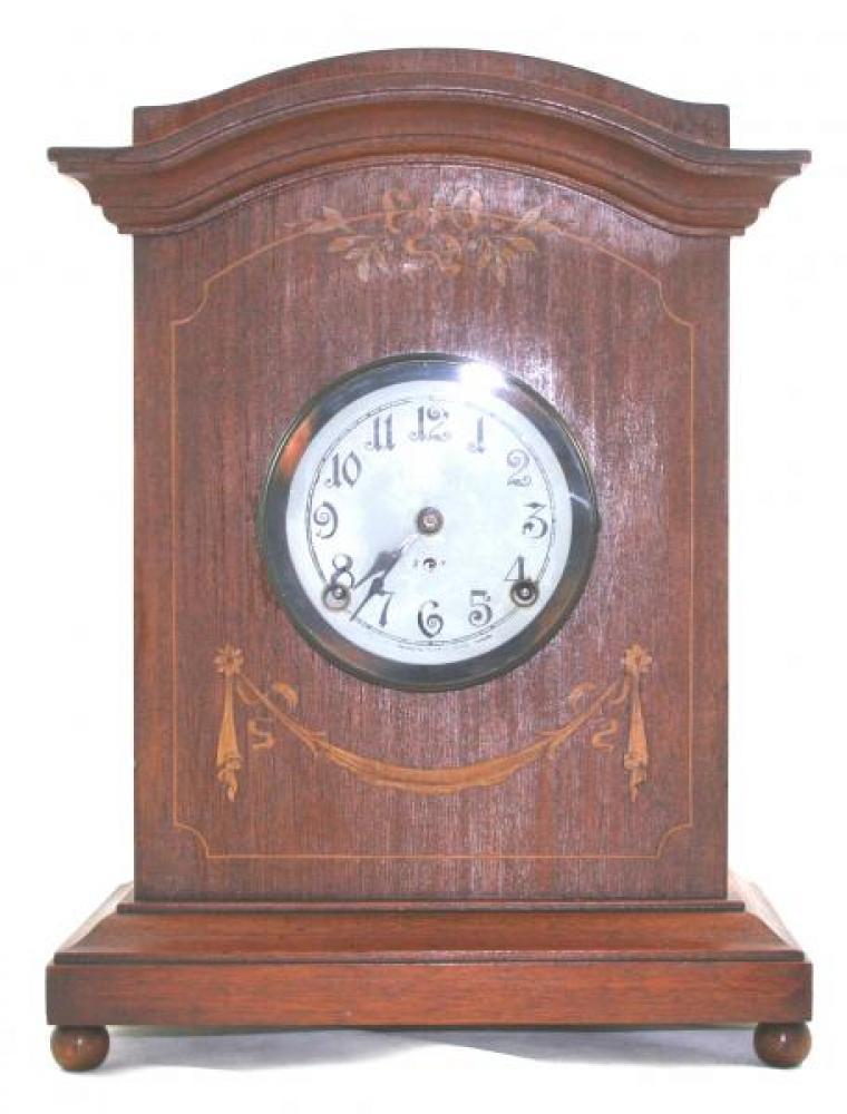 """Pequegnat """"Winnipeg"""" model mantel clock"""