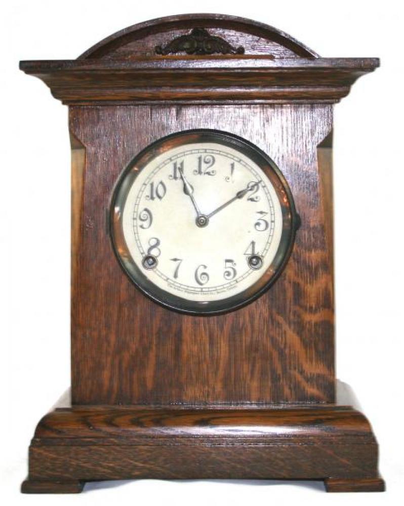 """Pequegnat """"Milton"""" model mantel clock"""