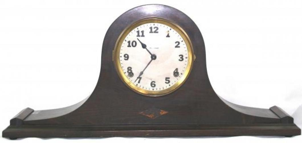 """Pequegnat """"Majestic"""" model mantel clock"""