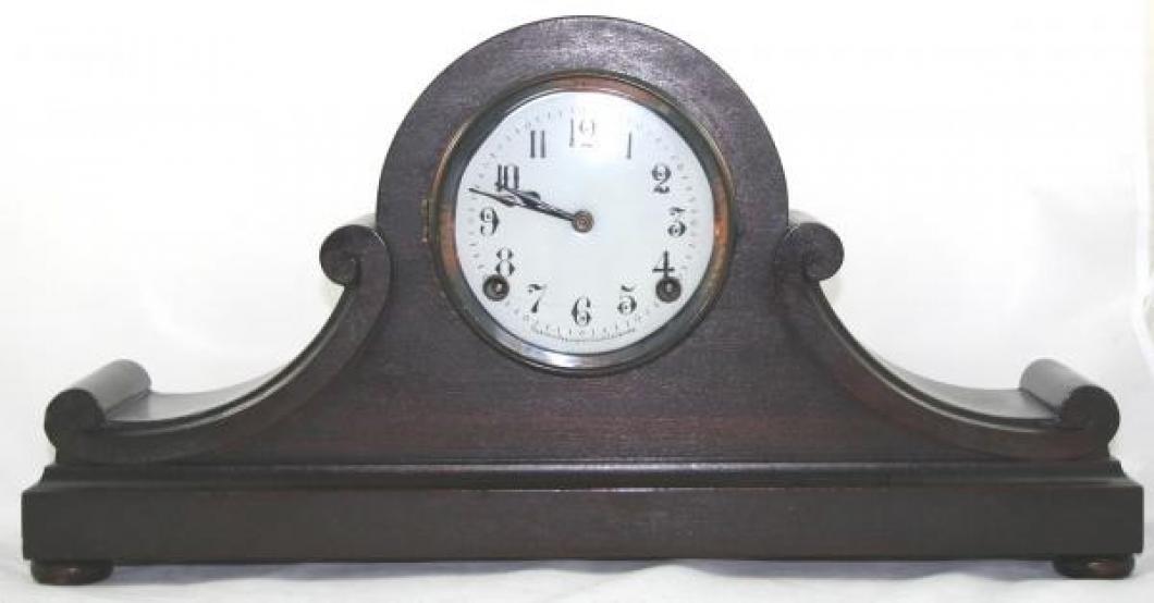 "Pequegnat ""London B"" model mantel clock - dark finish"