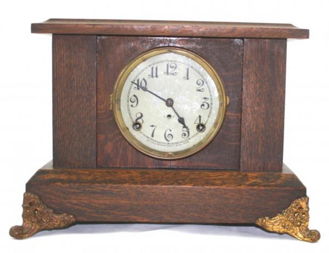 """Pequegnat """"Galt"""" model mantel clock"""