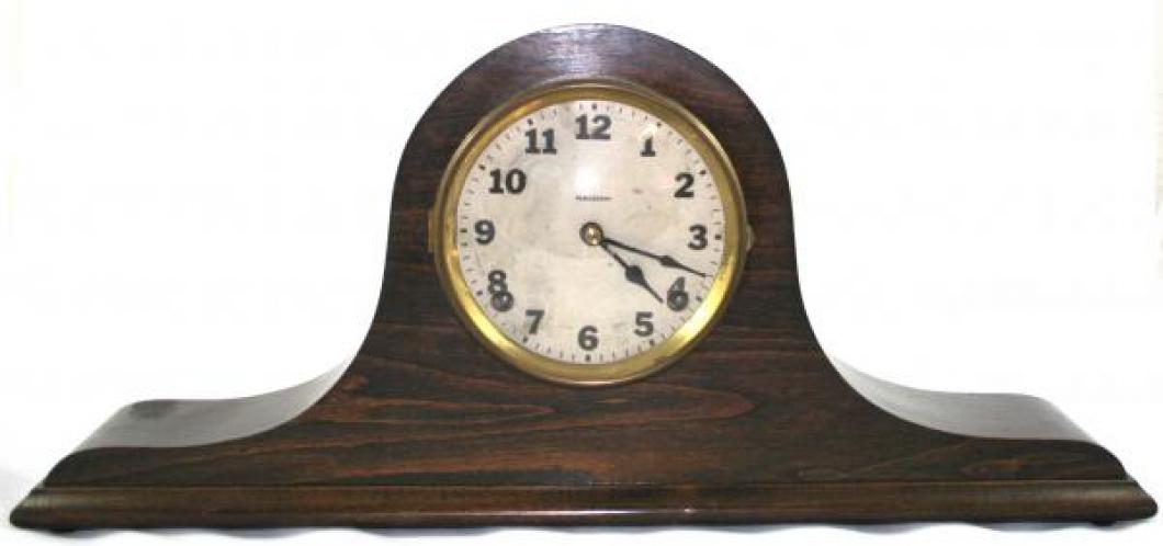 """Pequegnat """"Dandy"""" model mantel clock"""