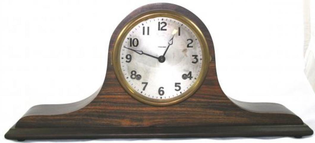 """Pequegnat """"Capitol"""" model mantel clock"""