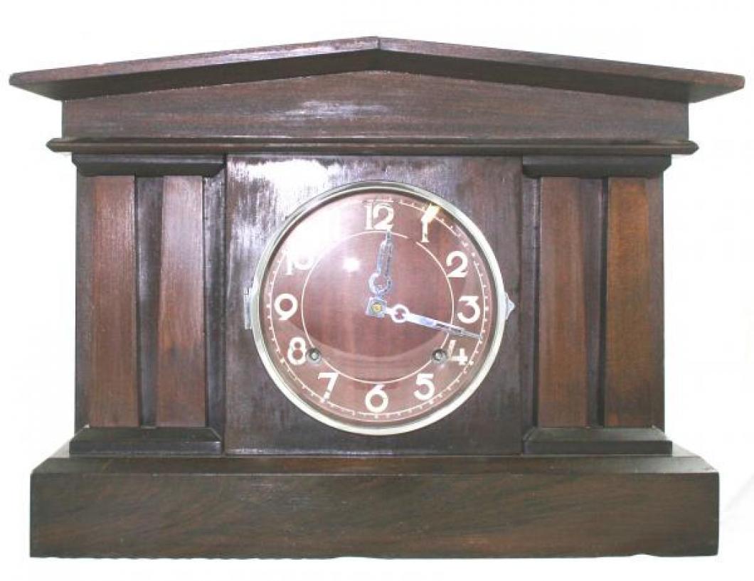 """Pequegnat """"Pantheon"""" model mantel clock"""