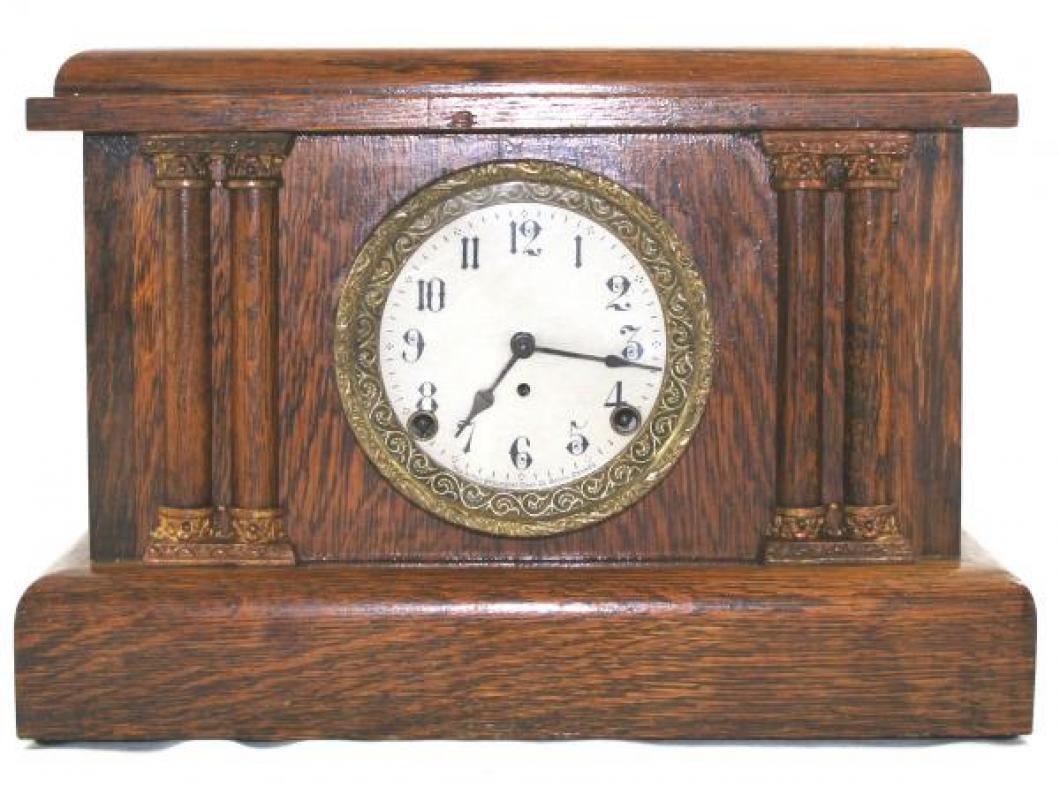 "Pequegnat ""Colonial"" model mantel clock - brass detail"