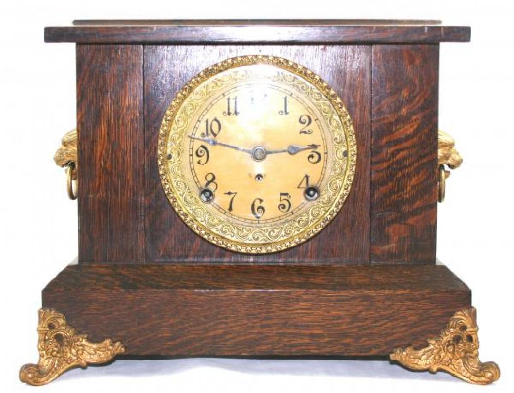 """Pequegnat """"Simcoe"""" model mantel clock - gold detail"""
