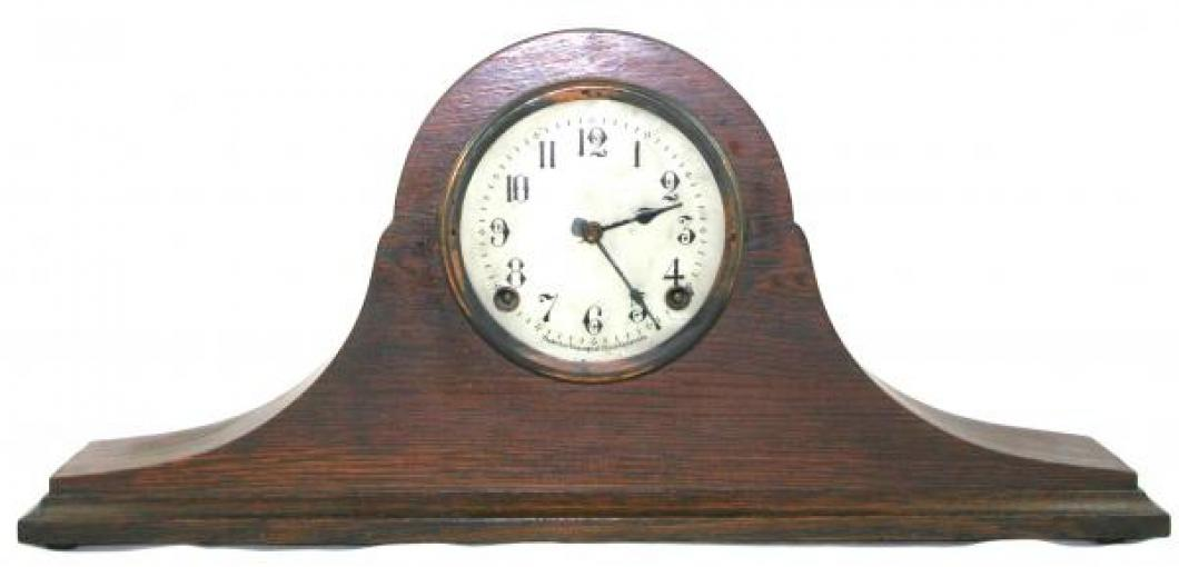"Pequegnat ""Royal"" model mantel clock - smaller face"