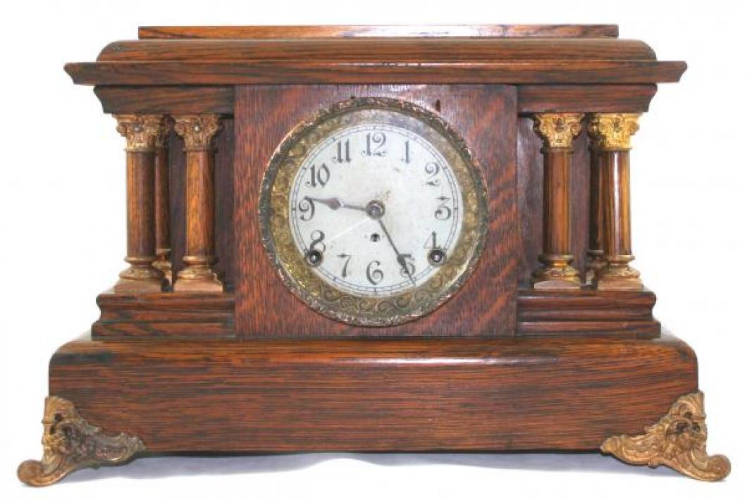 """Pequegnat """"Grecian"""" mantel clock - copper detail"""