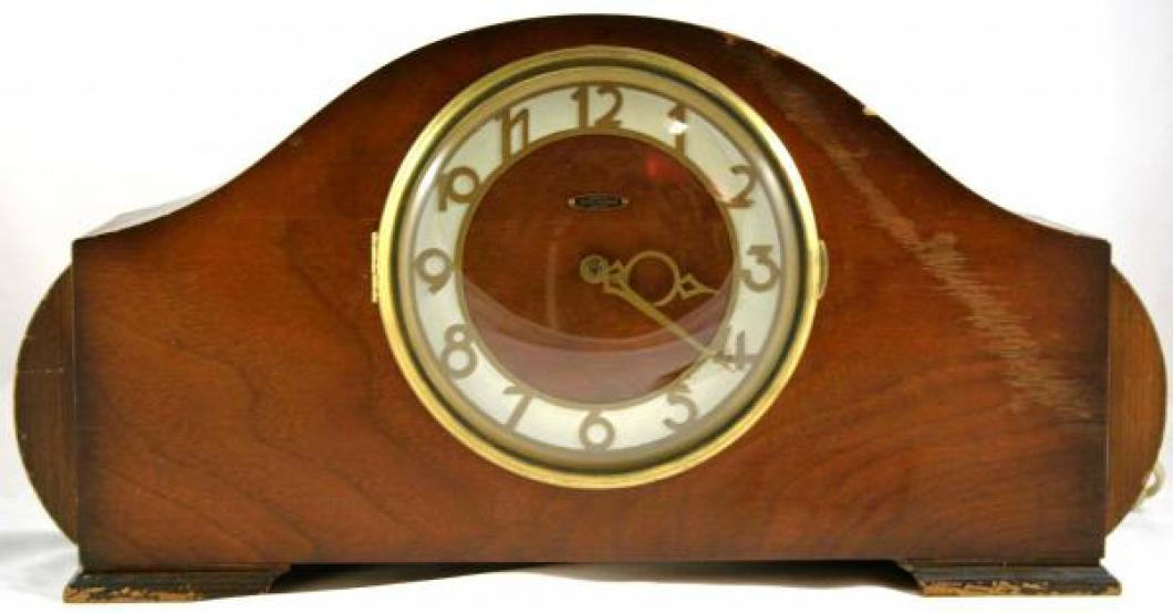 "Seth Thomas BRISTOL model mantel clock (electric motor, quarter hour ""ship's bells"" strike)"