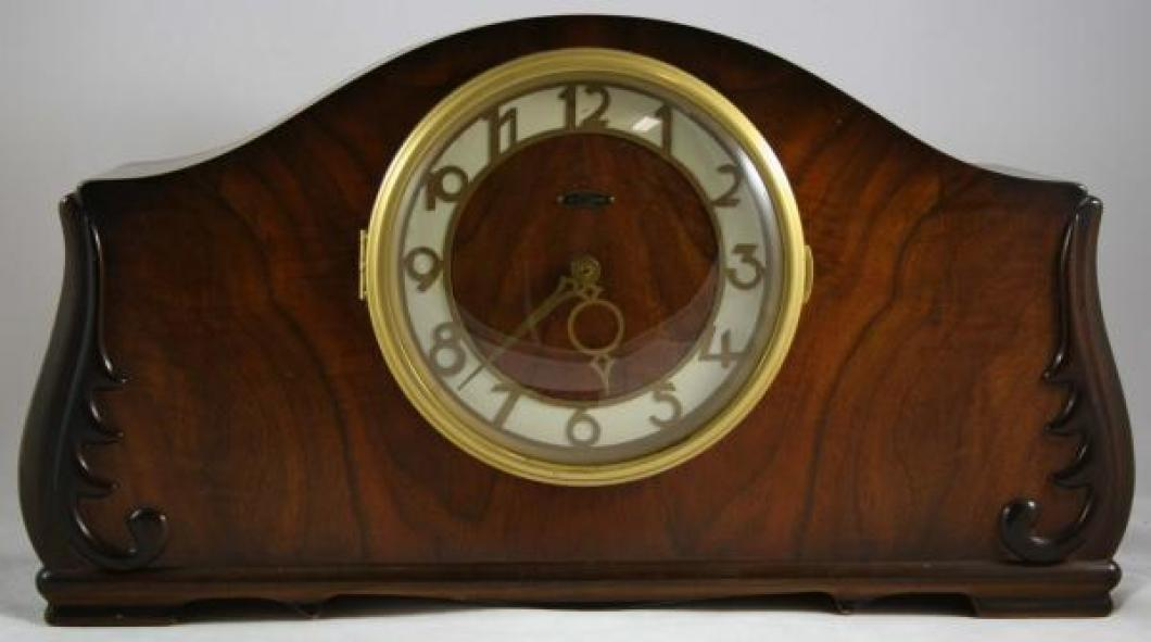 Seth Thomas PORTSMOUTH model mantel clock (electric motor, Westminster chimes)