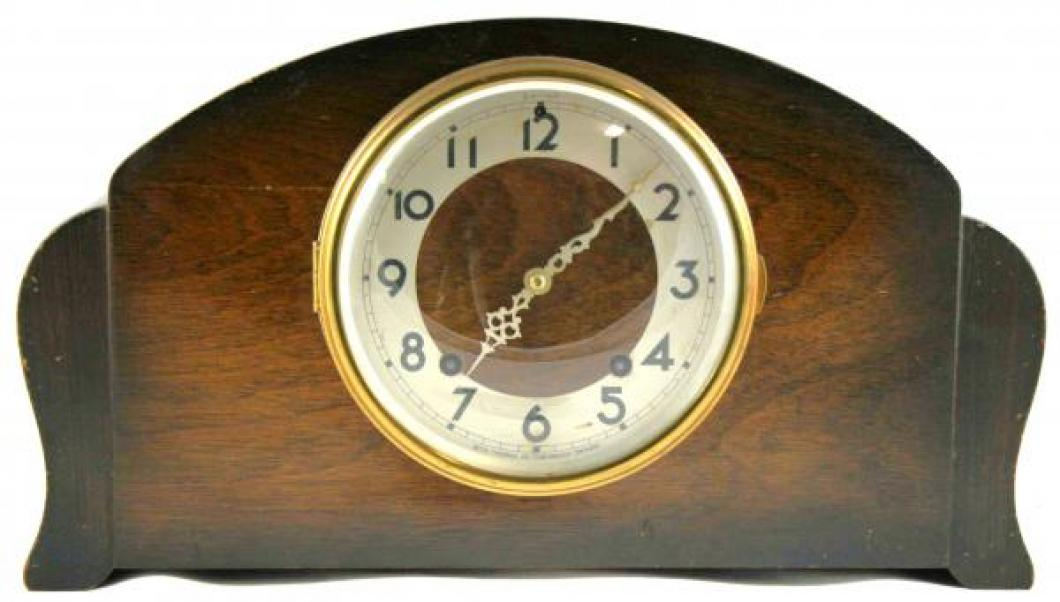 Seth Thomas STRATFORD model mantel clock (spring-driven, time & strike)