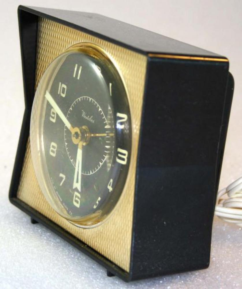 Westclox 1950s Dash Alarm Clock (Side View)