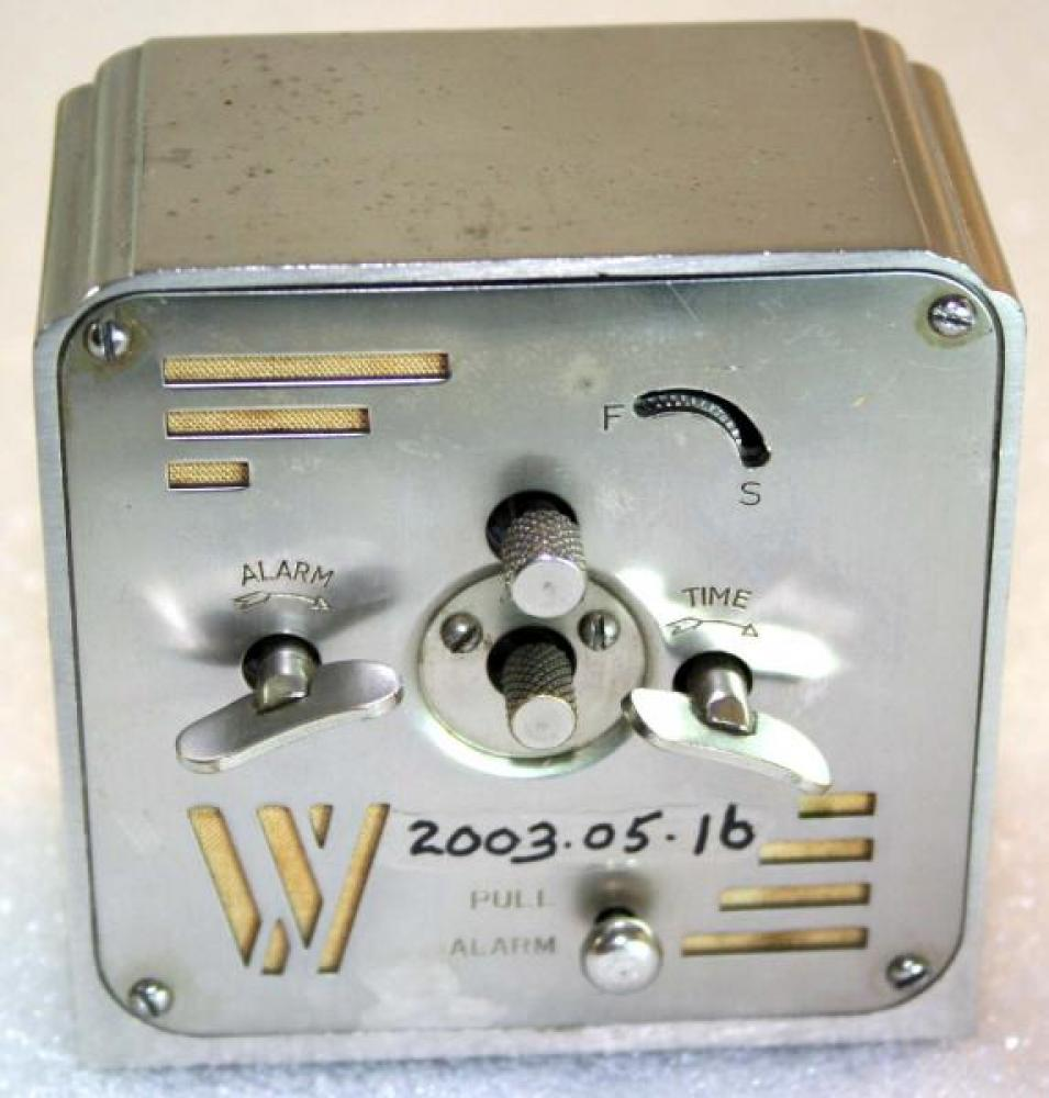 Westclox 1930s La Salle Dura metal case  Alarm Clock (Backside View)