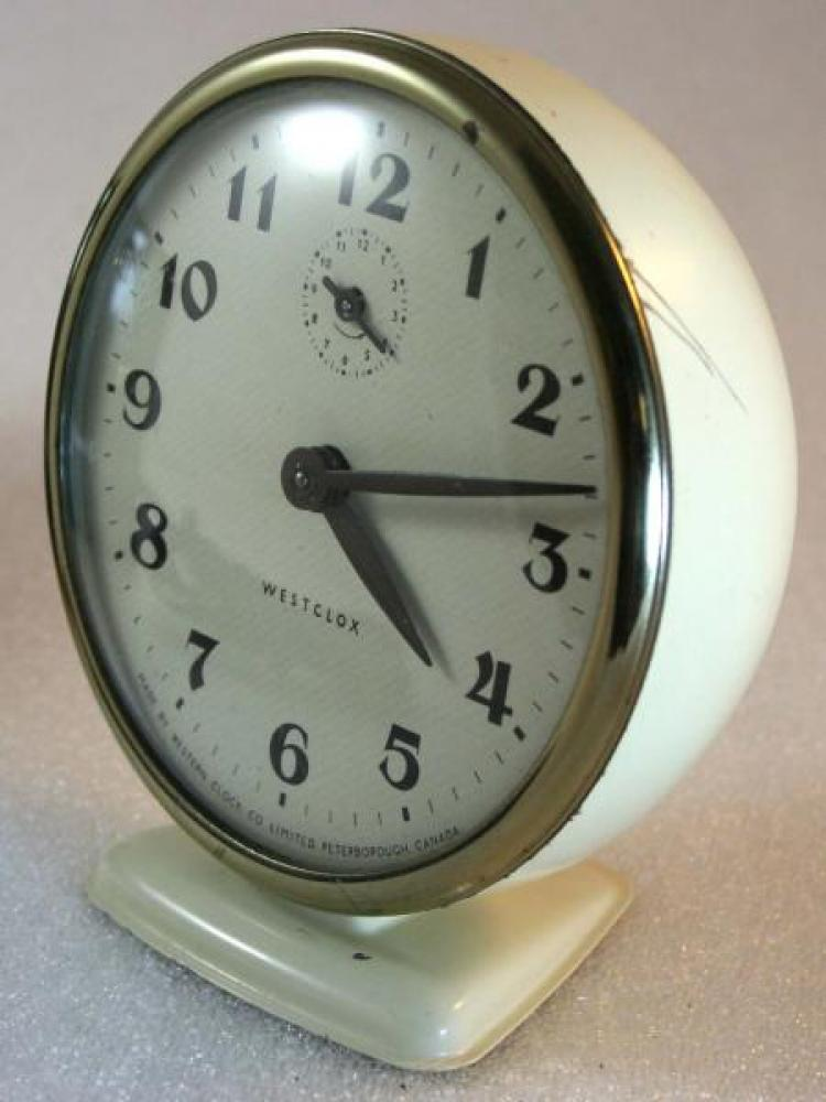 Westclox 1960s America Alarm Clock (Side View)