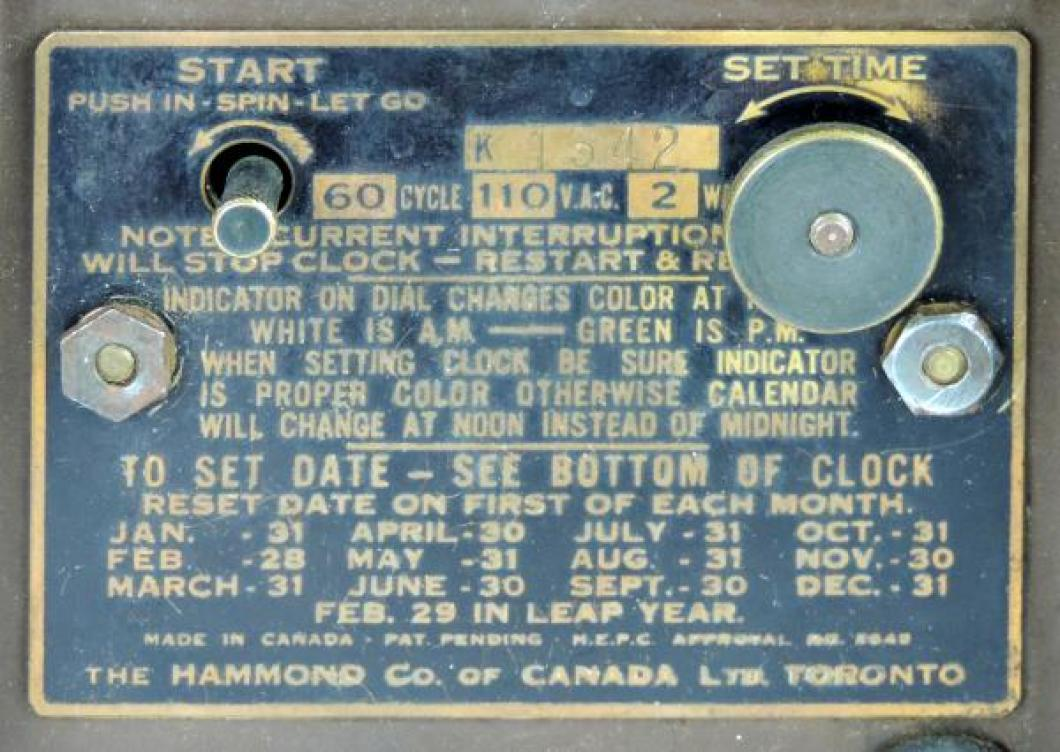 Tan dial GREGORY mantel model metal LABEL.
