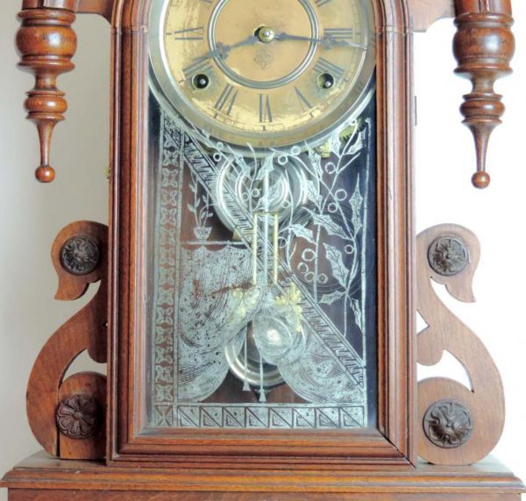 Canada Clock Company (Hamilton) DOMINION model mantel clock TABLET