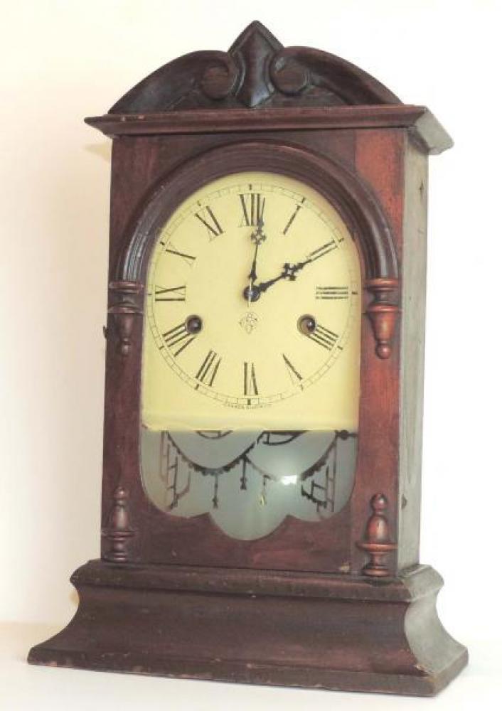Canada Clock Company (Hamilton) HAMILTON COTTAGE EXTRA model mantel clock FRONT