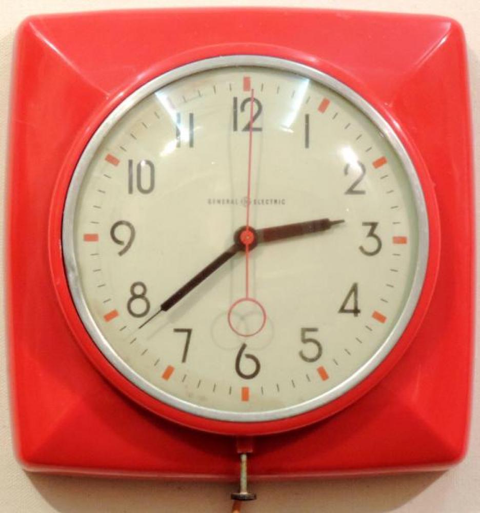 Model 2QM2 red version kitchen clock, ca. 1948-1953