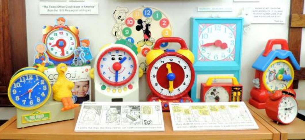 Our children's clocks, including time teaching models, picture 2