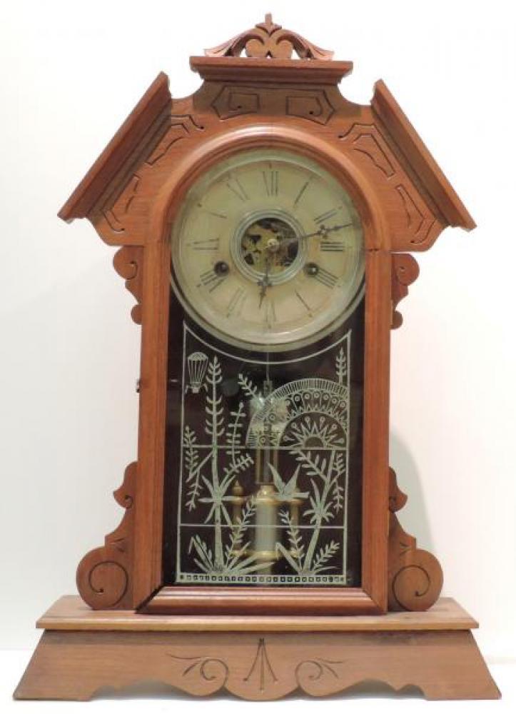 Canada Clock Company, Hamilton QUEBEC model mantel clock FRONT