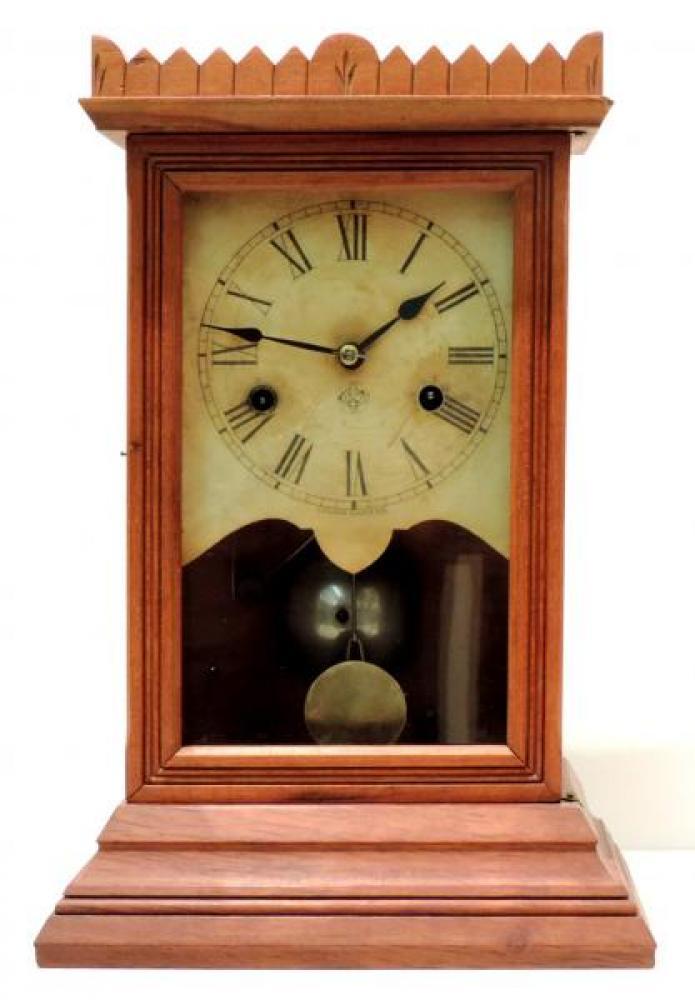 Canada Clock Company, Hamilton MONTEFIORE model mantel clock FRONT