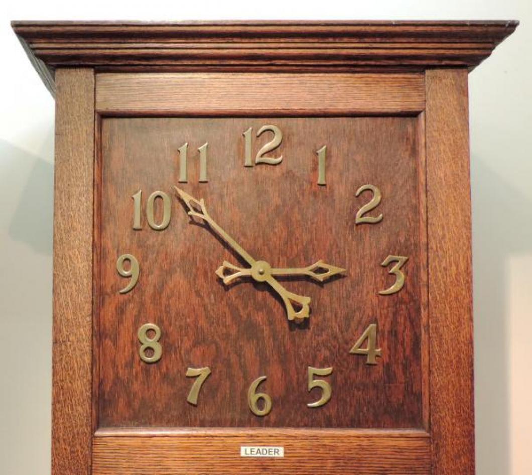 DIAL closeup LEADER model hall clock, oak case