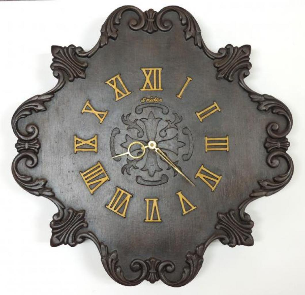 Snider model 905 molded polymer ca. 1970 wall clock (Michael Snider design)
